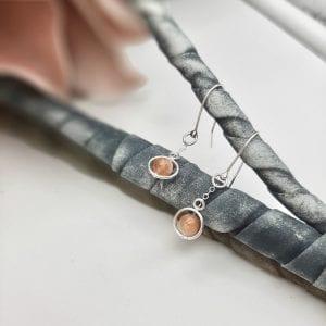 Boucles d'oreilles, Funambule, crochet, pierre de soleil3