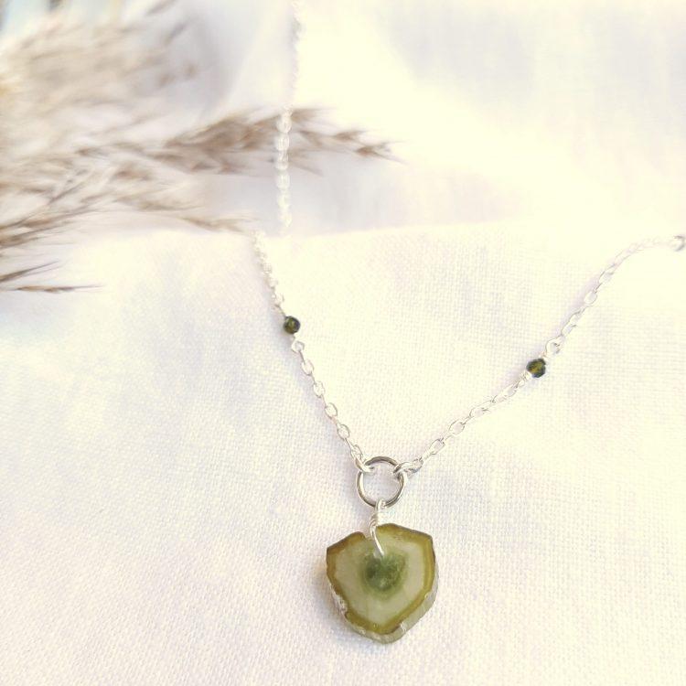 bijoux-piece-unique-tourmaline-verte-argent-lithoterapie-lithosophie-verte-3